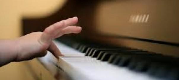 Piano leren spelen voor kinderen