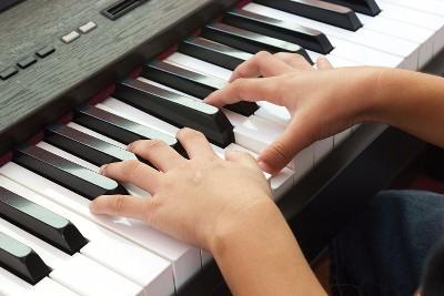 Piano kinderliedjes leren spelen