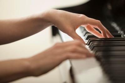 Pijnvrij piano spelen