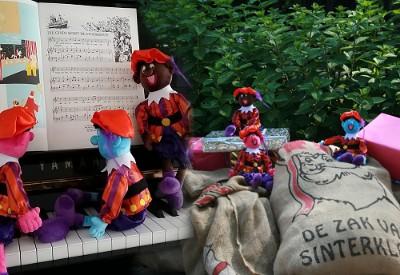 Sinterklaasliedjes op de piano