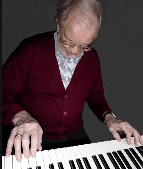 Piano spelen op oudere leeftijd