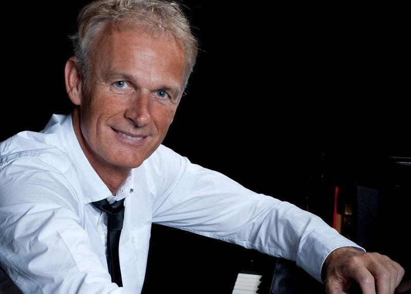Online pianoles bij Cor Bakker